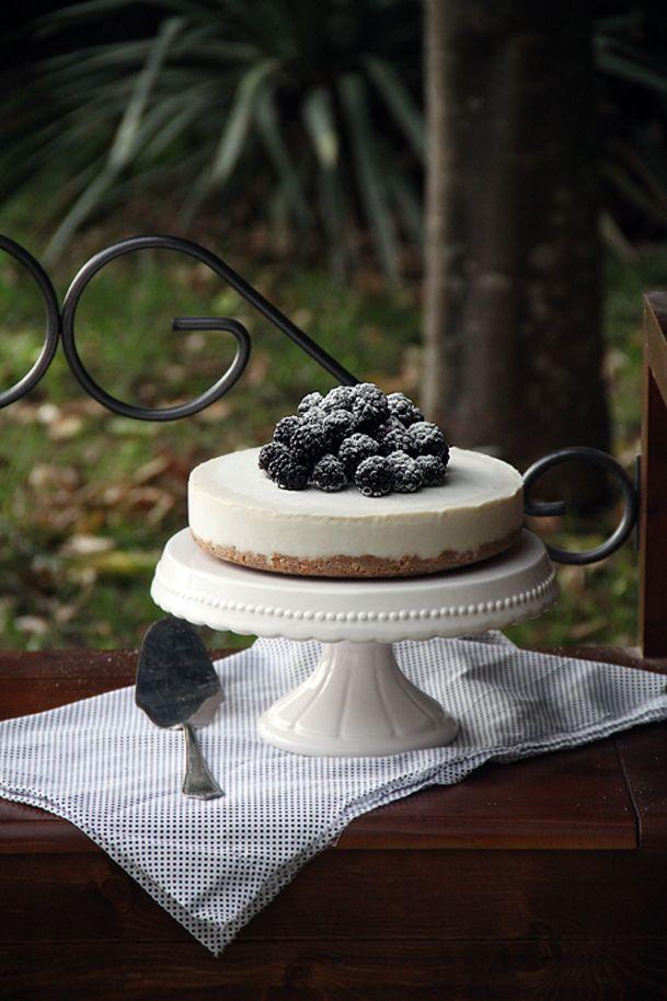 Torta gelato Cocco e More http://sugarlessblog.blogspot.it/