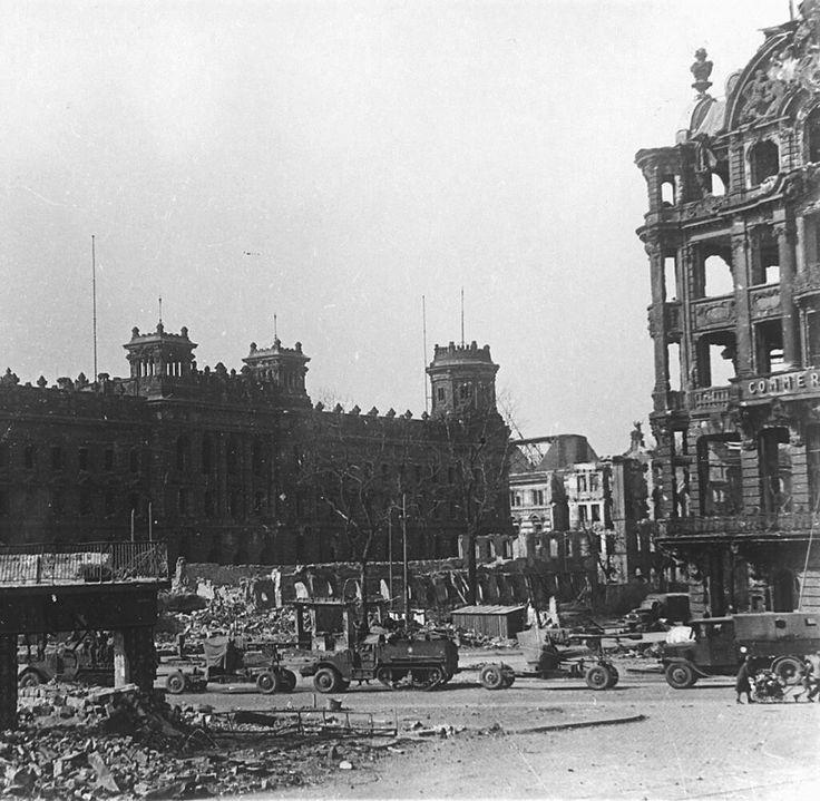 Pin Von Wayne Fouche Auf Dresden Dresden Zweiter Weltkrieg Und Ruinen