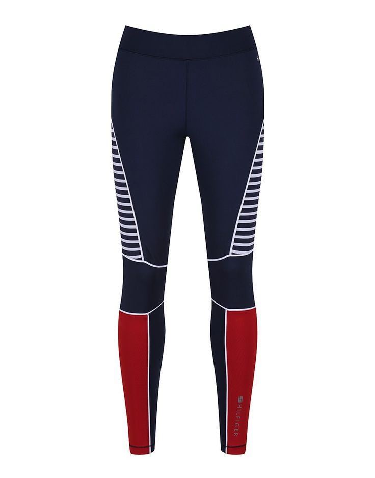 Fitness should never come at the cost of fashion, and with these Tommy Hilfiger Women's Rosemary Activewear leggings it doesn't have to