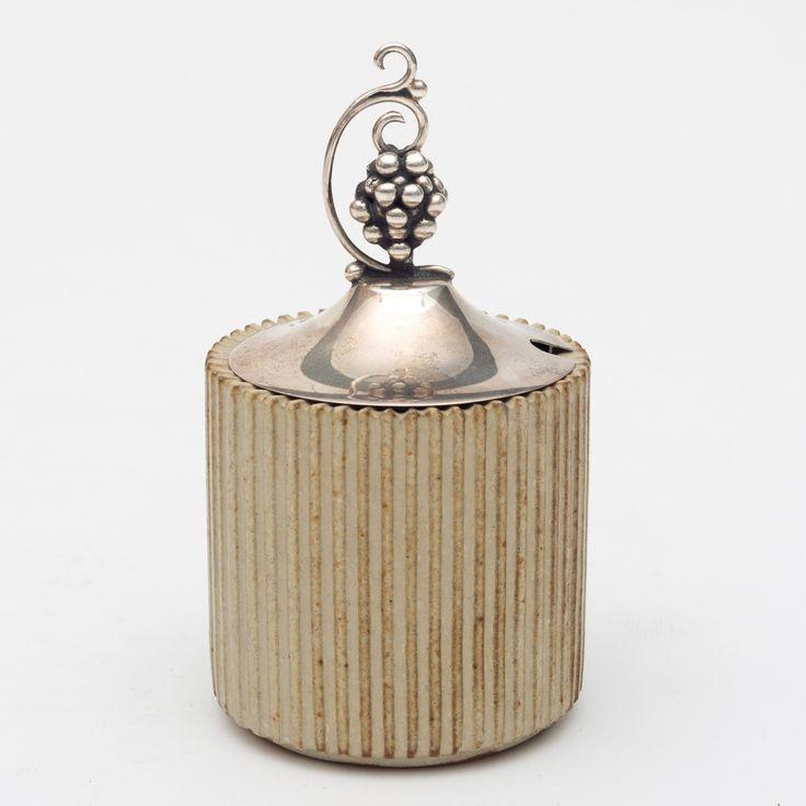 Arne Bang: Vase of stoneware