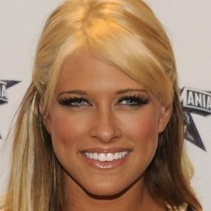 Kelly Kelly Wrestler     BIRTHDAY January 15, 1987 BIRTHPLACE Florida AGE 27 years old  ABOUT Born Barbara Jean Blank, she rose to fame as an ECW exhibitionist and won the WWE Divas Championship in June 2011. BEFORE FAME She practiced gymnastics for 10 years before an injury forced her to quit, and studied broadcast journalism in hopes of becoming an anchor. TRIVIA FACT In an August 6 episode of Raw, she defeated Eve Torres in singles match and later appeared in North East Wrestling.
