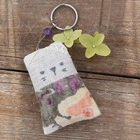 Lavender pendant (linen/cotton)