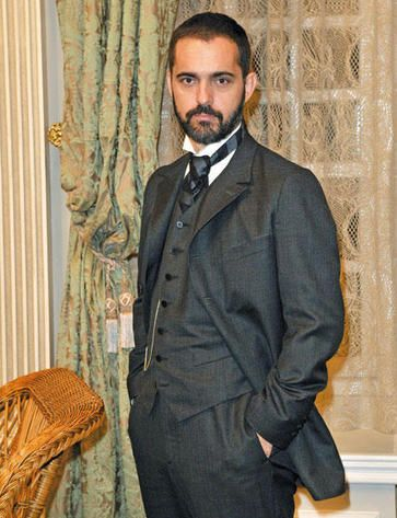 Grand Hotel tv series 2011-2013. Pedro Alonso actoring as Diego Murquia the hotel Director & deceased husbands right hand.