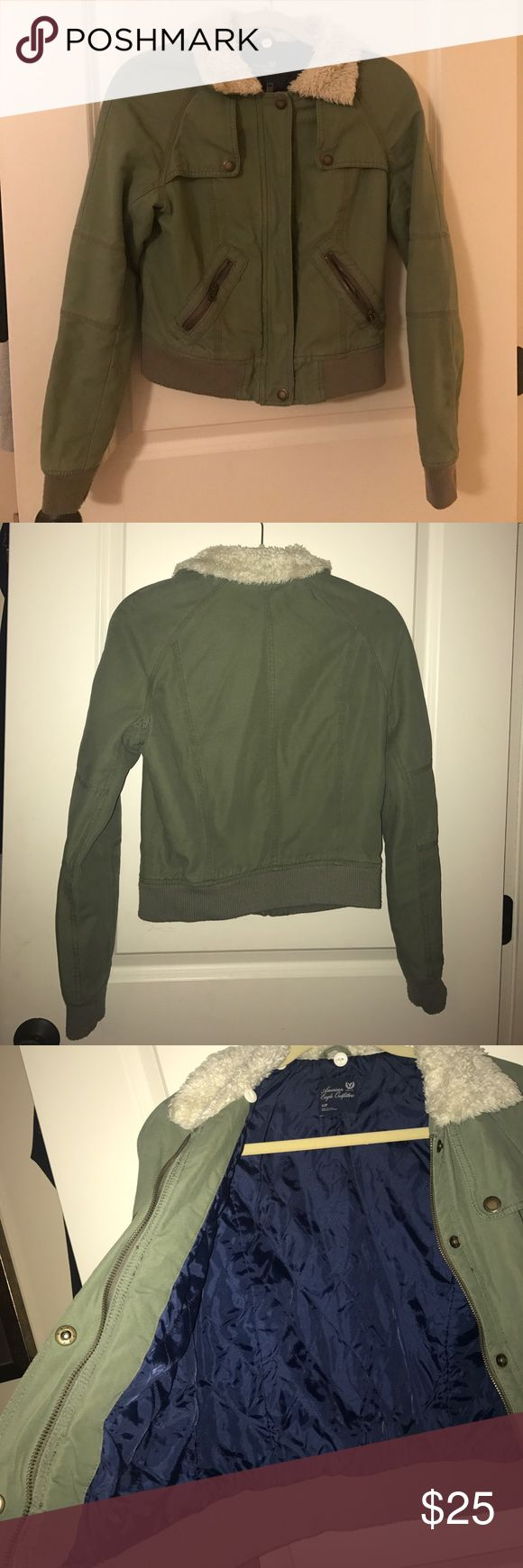 AMERICAN EAGLE Fully Lined Green Military Jacket Barley worn; warm; short length American Eagle Outfitters Jackets & Coats Utility Jackets