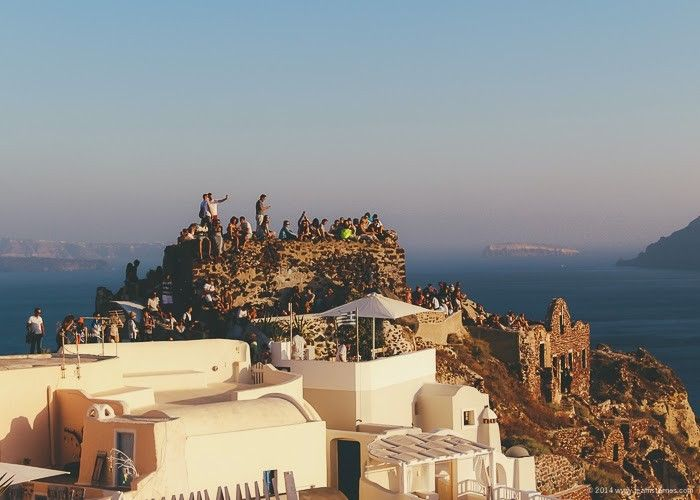 10 Ways to Fall in LOVE with Santorini (with Alexandra!) • The Overseas Escape