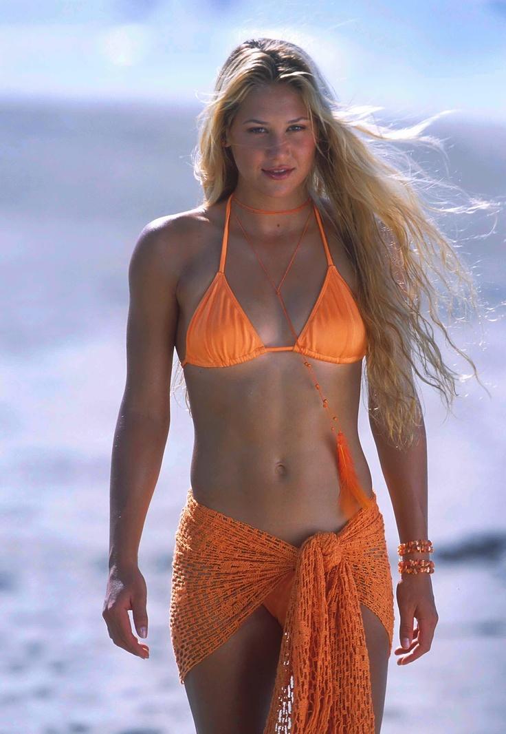 Anna bikini illustrated in kournikova sports