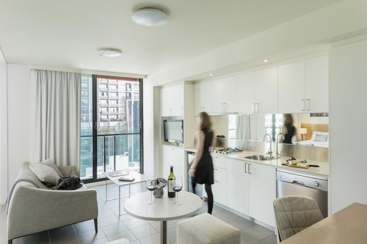 AUD129 Fraser Place Melbourne incorporates stylish designer décor with the comforts of home.