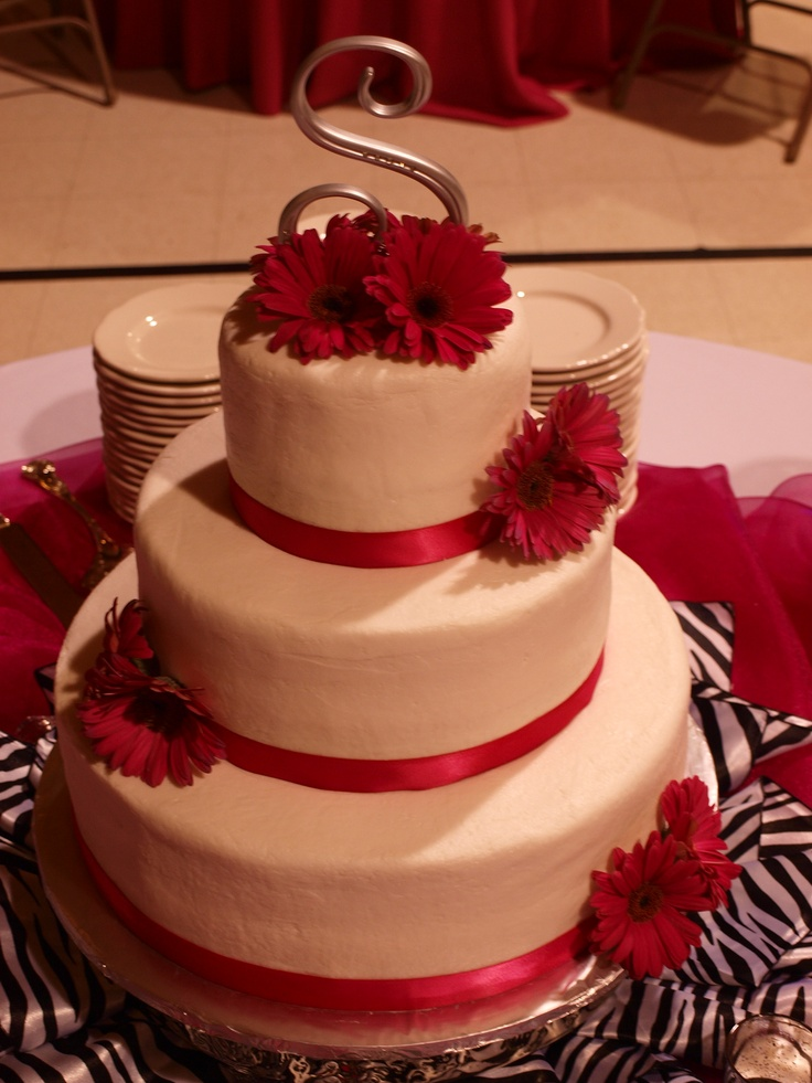 wedding cake pictures with gerbera daisies 17 best images about wedding cake ideas for stacey on 23449