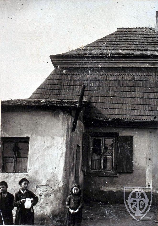 Ząbkowska 1 (Dwór Korzeniowskich), Warszawa - 1900 rok, stare zdjęcia