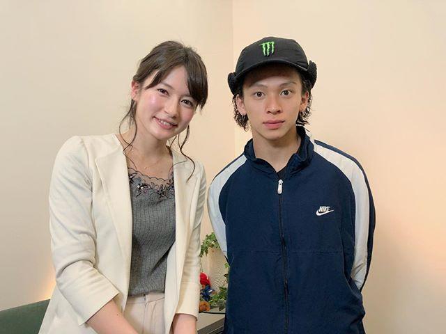 ピョンチャン五輪 金メダル候補の スノーボード・ハーフパイプ #平野歩夢 選手(19) 15歳の時に出場した ソチ五輪では銀メダルを獲得。 そして先日行われた 世界最高峰の大会 XGAMESで、100満点中99点という ミラクルスコアを 叩き出し優勝しました。 今日はその後のお話や 心の支えになっている アーティストのお話 オリンピックへの想いなど 伺いました✨ クールな印象でしたが 話し口も落ち着いていて 丁寧に語ってくださる温かい方☺️ ぜひ今夜の #NEWS23 ご覧ください✨