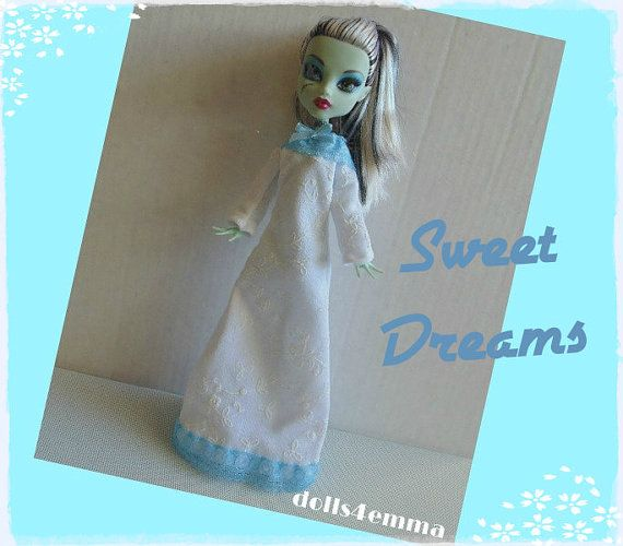 Monster High Doll kleding - aangepaste handgemaakte mode - Sweet wit NACHTHEMD met baby-blue lace-door dolls4emma