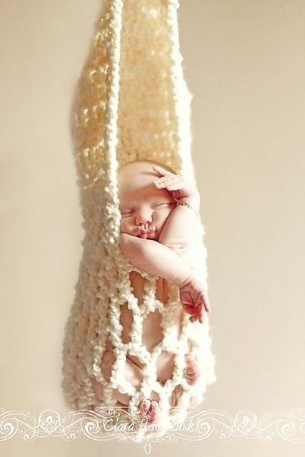 Newborn Kangaroo Photography Pouch by Inner Hooker