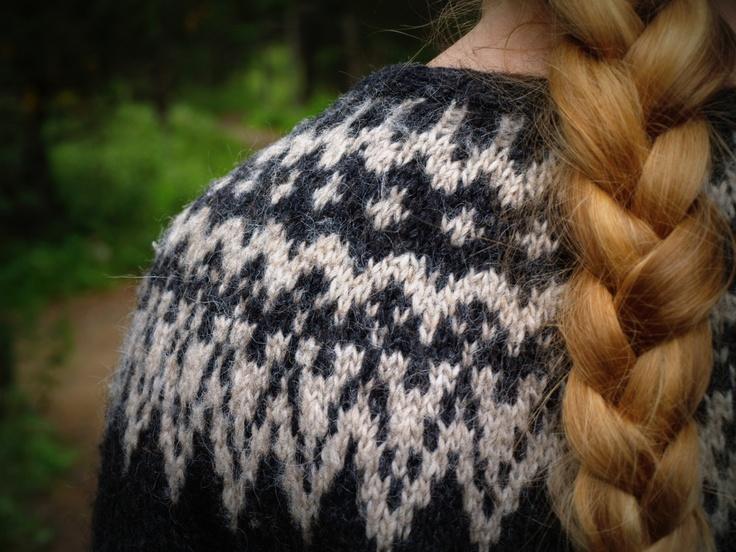 lopapeysa - hand-knit icelandic wool cardigan