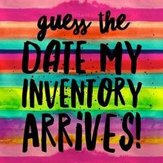 WIN A PAIR OF LEGGINGS!!! Giveaway over on my Facebook page (LuLaRoe Sarah Elmer).