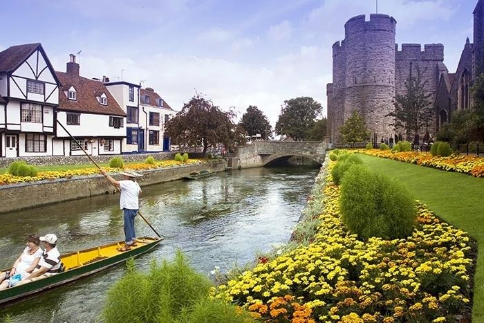 Only an hour's train ride away from London is the historic city of Canterbury. Find out what there is to do here, including ideas for pubs and restaurants.
