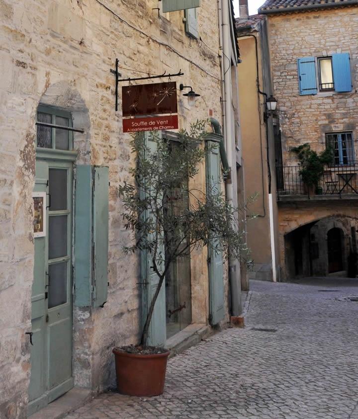 Frankrijk, Languedoc Rousillon, Barjac: Maison Anila, gites