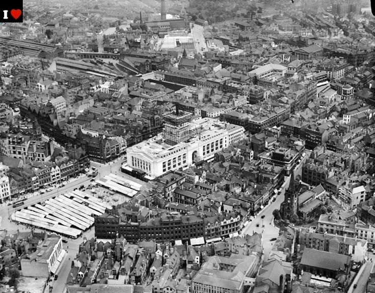 Aerial view of Nottingham city centre, with the newly built Council House in the middle of the picture, circa 1928.