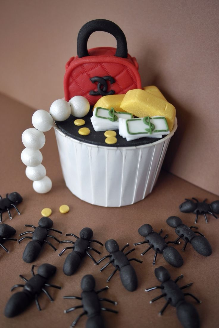 """Capitalism project: """"The poor has nothing left to eat but the rich."""" 