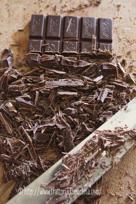 Temperaggio del cioccolato al microonde e i Gianduiotti fatti in casa del Nanni! - Trattoria da Martina - cucina tradizionale, regionale ed etnica