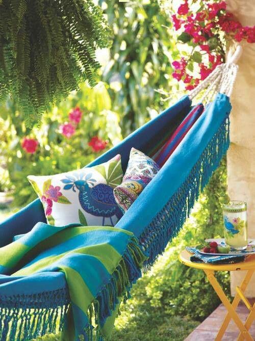 les 108 meilleures images propos de se relaxer bains de soleil hamacs sur pinterest. Black Bedroom Furniture Sets. Home Design Ideas