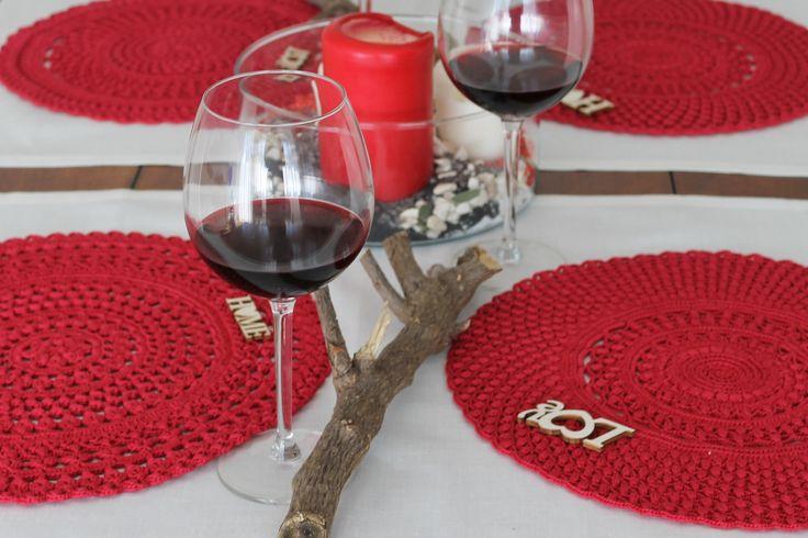 Sottopiatti in cotone rosso Tovagliette americane Centrotavola lavorato ad uncinetto Regalo nozze Inaugurazione casa Festa della mamma di AllegrettaHandmade su Etsy