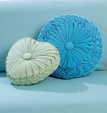 Vintage Style Pillows Just Like Your Grandma Used To Have! With Pleating  And A Covered Button In The Middle. So Great With Midcentury Mod Decor.