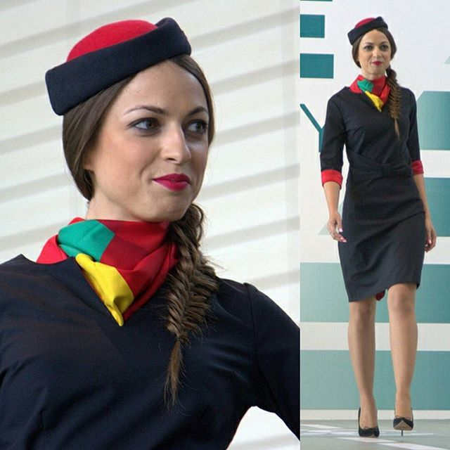 Instagram media masha_golug - Air Malta. Показ мод высокого полета. Еще больше фотографий в моем репортаже. More foto: http://zhzhitel.livejournal.com/331080.html  #airmalta #stewardess  #aviation #dme #domodedovo #dmerunway #avia #girls #стюардесса #домодедово