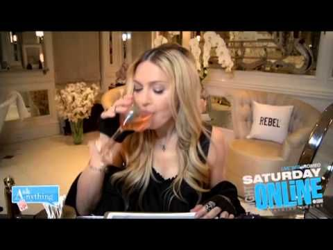 """Madonna Said """"I Kissed A Girl And I Liked It"""" About Her Drake Kiss [Video Skip To 2.12] - http://urbangyal.com/madonna-said-i-kissed-a-girl-and-i-liked-it-about-her-drake-kiss-video-skip-to-2-12/"""