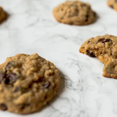Oatmeal+Peanut+Butter+Chocolate+Chip+Cookies