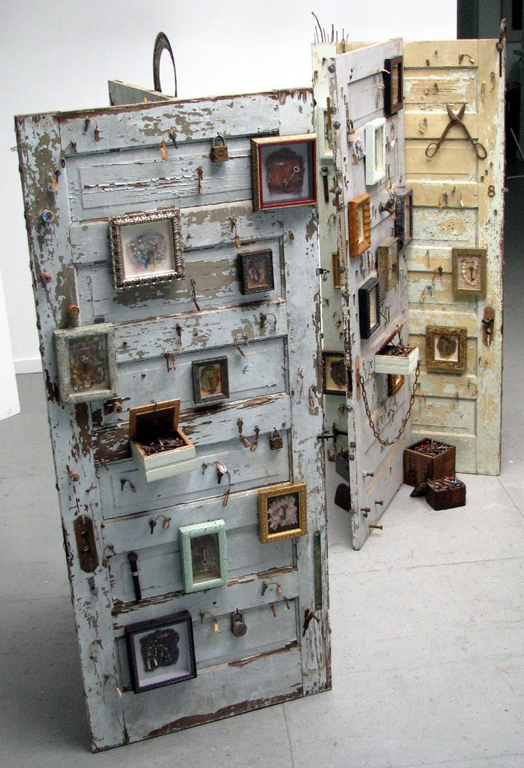 Neat decorative idea for an old door | Upcycled furniture | Pinterest