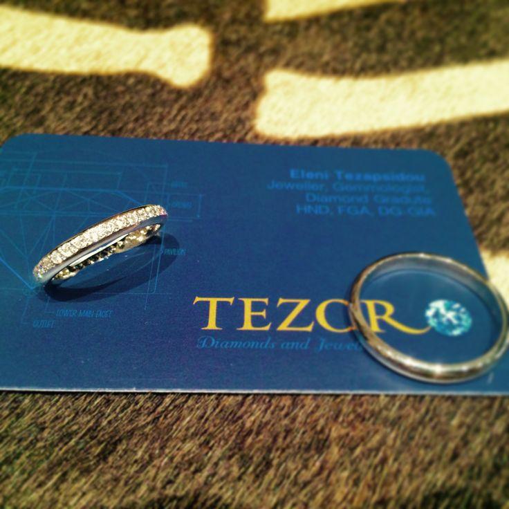 TEZORO jewellery, 18 K white gold diamond wedding rings