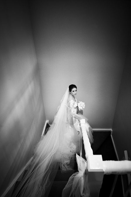 A timeless black and white portrait of our bride #markjayphotography #sydneyweddingphotographer #weddingphotography #bride #weddingdress #veil