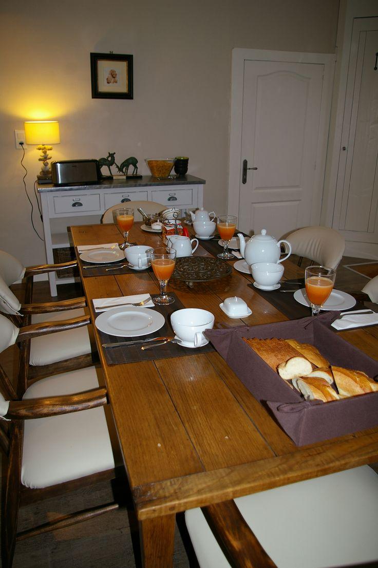 A table pour le petit déjeuner