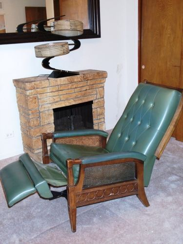 CHAIR vintage Burris MID-CENTURY 1960s 70s GREEN vinyl RECLINER Modern Space Age & Best 25+ Vinyl recliner ideas on Pinterest | Modern recliner ... islam-shia.org