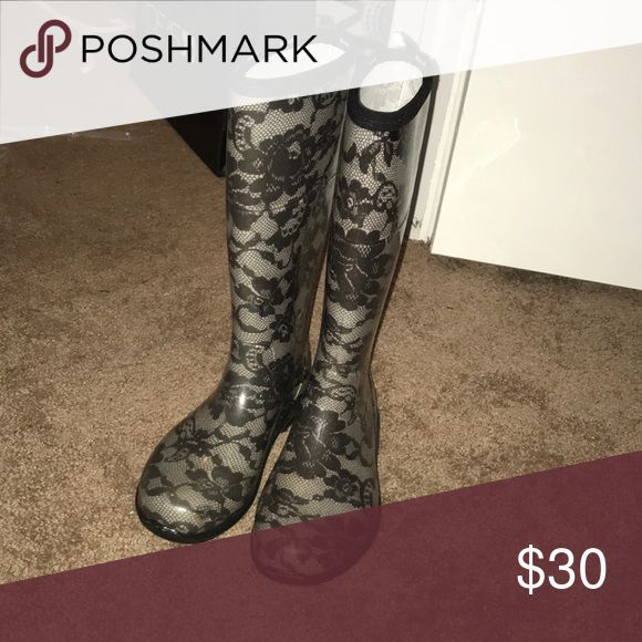 Lace design rain boots Grey and black lace design rain boots Kamik Shoes Winter & Rain Boots