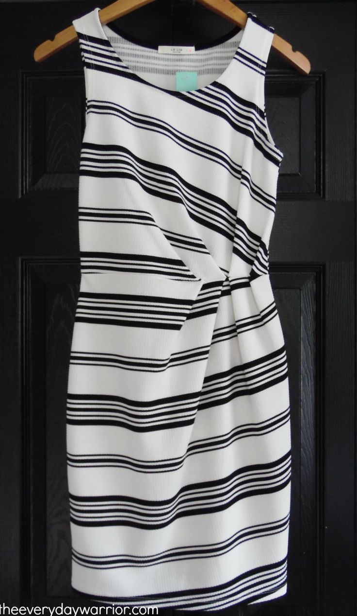 Love this for my next stitch fix - would love a color not white