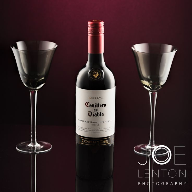 Still life photography - wine glasses, bottle of red wine Casillero del Diablo #productphotography #drink