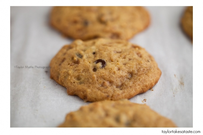 Toffee Pumpkin Dark Chocolate Cookies | Recipes to Try-Desserts | Pin ...