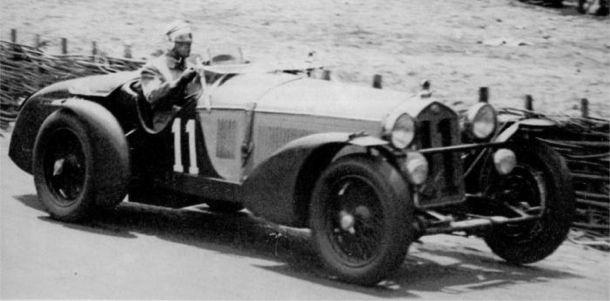 1940 : Ferrari 166MM (1949)Alfa_8C