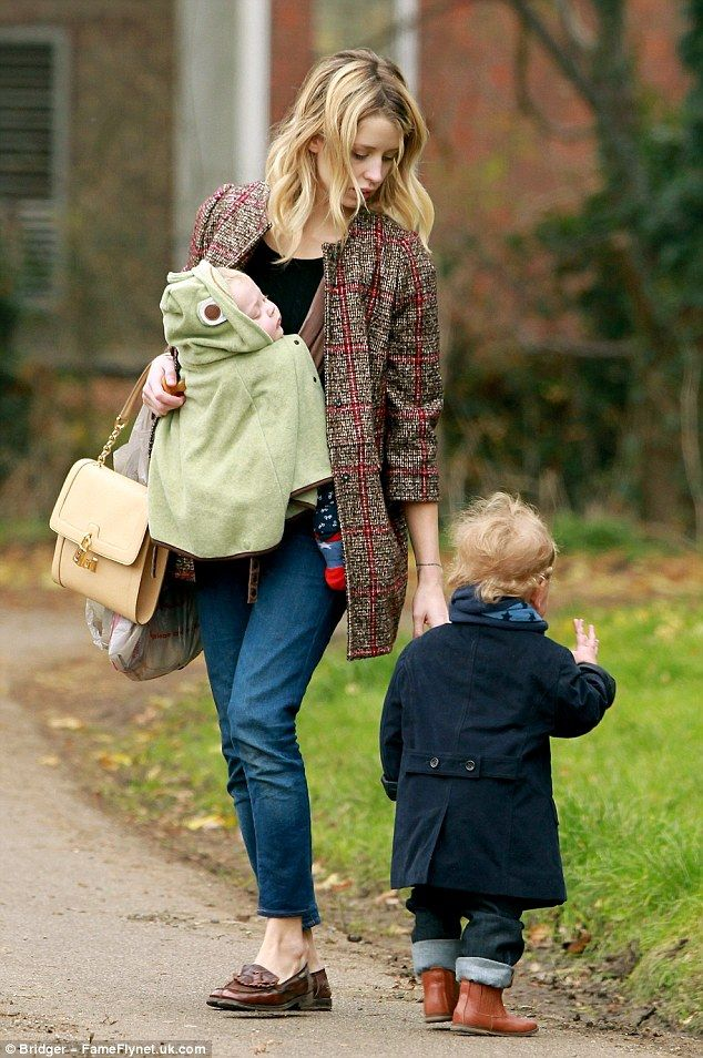 Peaches Geldof.. love the DOLCE & GABBANA Tweed check swing coat - http://www.matchesfashion.com/product/170663?qxjkl=tsid:30065%7Ccat:8/btisdd0hQ