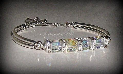 Hochzeitsschmuck für Bräute Kristall Armband von beadedjewelryforyou, 27,99 $. (6m …   – DIY Jewelery Pearls Cristals