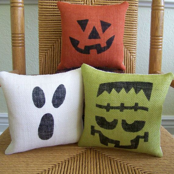 Halloween pillow, pumpkin pillow, Ghost pillow, Frankenstein pillow, burlap pillow, Halloween decor, Fall pillow, FREE SHIPPING!