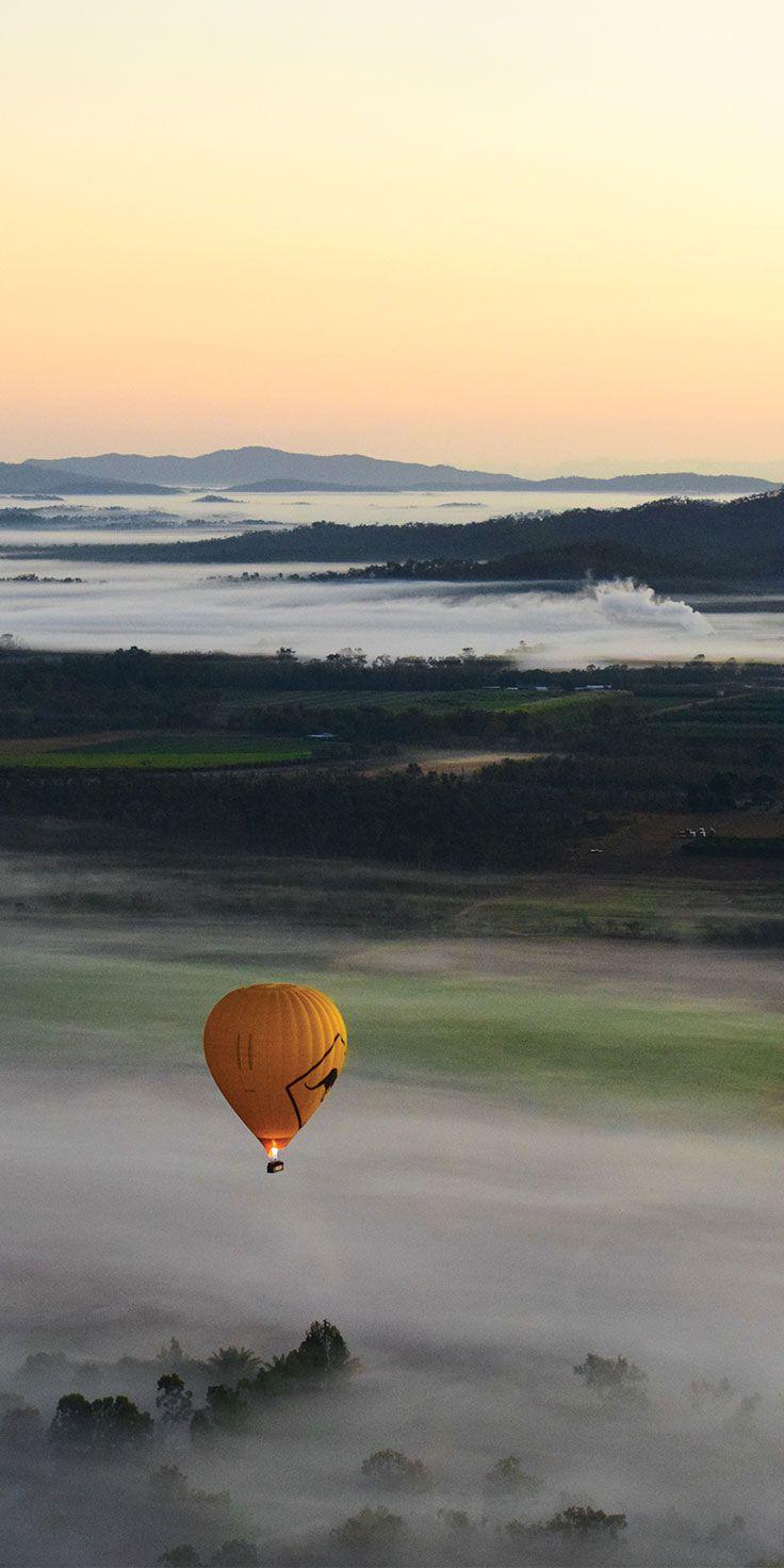 Hot air ballooning in Mareeba - by Ellie Bullen & @visitqueensland