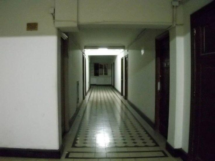 Interior Portal Fernández Concha (Santiago Centro).