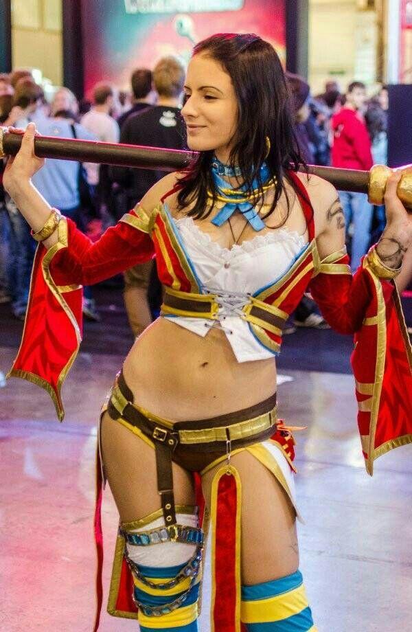 girl cosplay Gamer