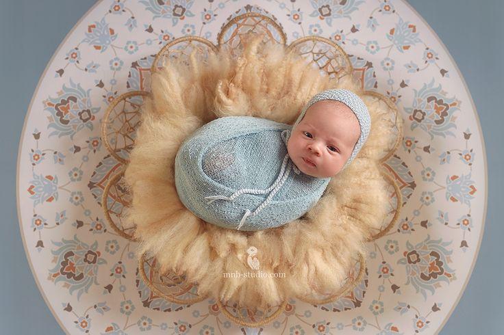 Будто сама Вселенная смотрит на тебя . Пусть мир будет добр к Вам! #newborn #baby #family #maternity #фотографноворожденныхпермь #фотосессияноворожденного #фотосессиябеременности #будумамой #скоромама #декрет #беременность #дваждымама #моякрошка #новорожденный #вроддом #инстамама #40недель #24недели #36недель #ногти #цветы #пермькрасивая #best_newborn_photo #best_newborn_photo_ru #best_newborn_pictures #inspired_by_colour#пузик #чудо #вожидании #грудноевскармливание