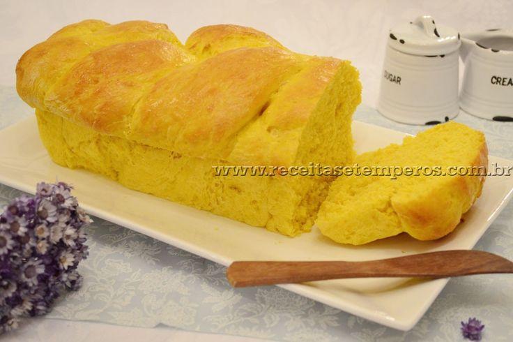Que delícia de pão! Essa receita é sensacional... pãozinho fresco, quentinho, macio.... Confira a receita e prepare em casa! Leia mais...