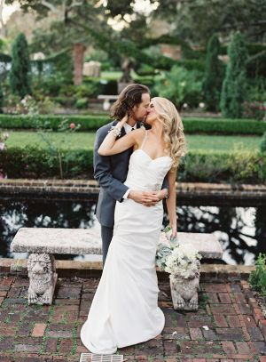 Not only is this fête theperfect blend ofsentimental details, but it's also the perfect example that true love is worth waiting for. After holding onto a cherished alexandrite for 12 years, this Groom finally found hislong distance love. So, when it