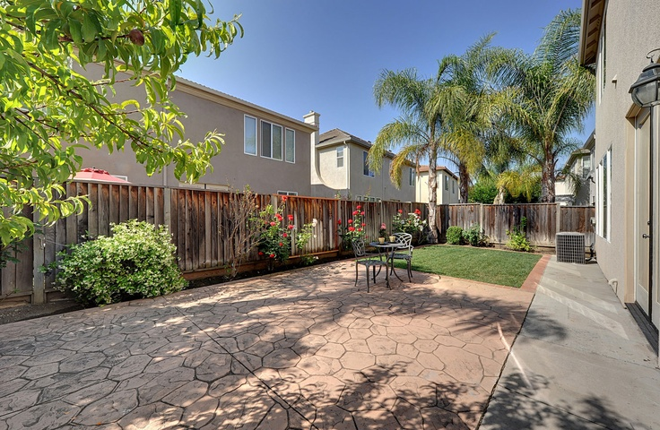 This property is listed by interorealestate.com for $739,000. 402 Violeta Ct has 4 beds, 2 ½ baths, and approximately 2,218 square feet.  Nakul Kapoor Phone: (408) 857-8511| | http://www.home2market.com/21127 | http://www.402violetacourt.com/