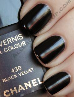chanel black velvet :)